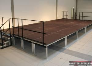 Tanzboden, Bühnenboden und Podeste inkl. Verlegung
