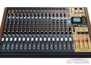 Tascam Model 24 Mixer